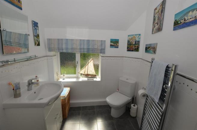 Shower Room/En suite