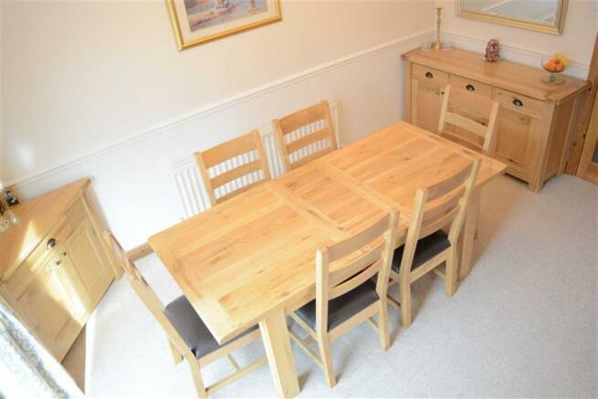 Dining room (off hallway)