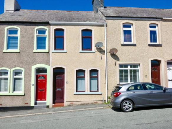 3 bedroom terraced house for sale in Highland View, Bransty