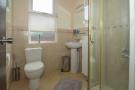 1st Fl Shower Room