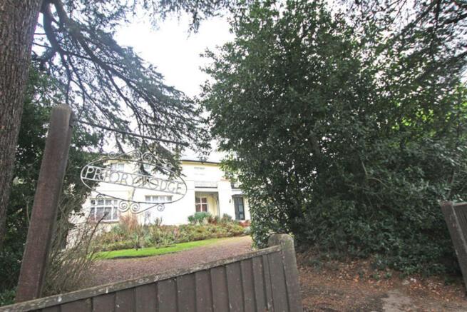 Priory Lodge Gate