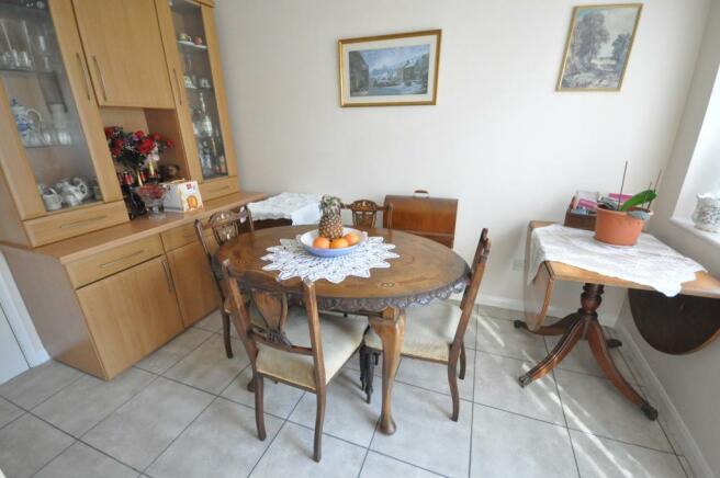 Breakfast/Family Room