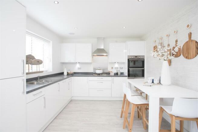 Haversham Kitchen Breakfast a.jpg