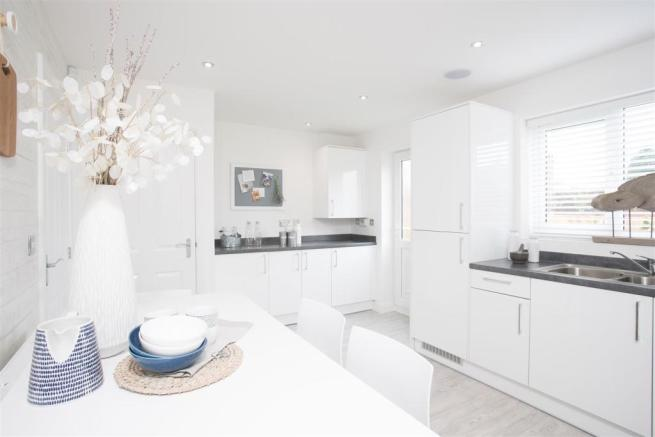 Haversham Kitchen Breakfast b.jpg