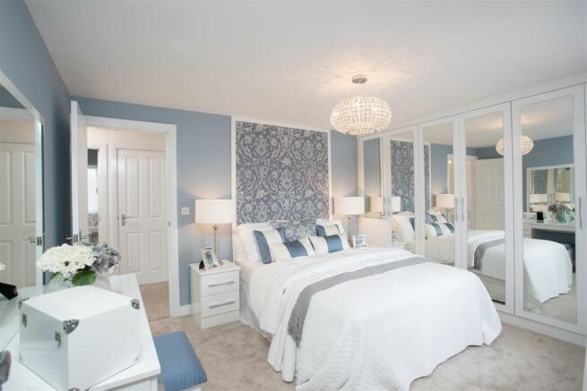 Haversham Bedroom 1a.jpg
