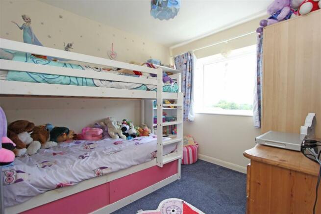 DTSalisburyRoad Bed2.jpg
