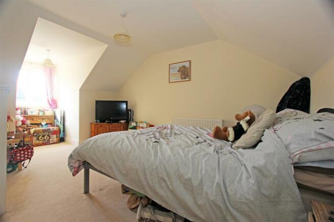 VictoriaMews-Bed1.jpg