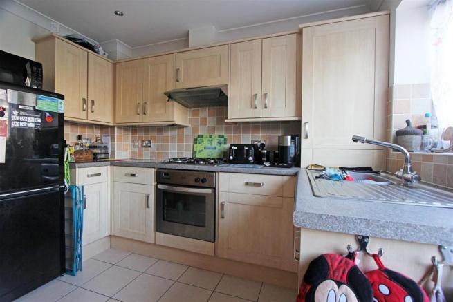 VictoriaMews-Kitchen1.jpg