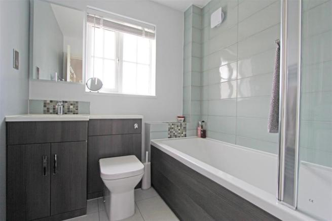 JCTourmalineDrive Bathroom.jpg