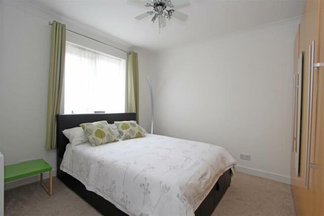 JCTourmalineDrive Bed2.jpg