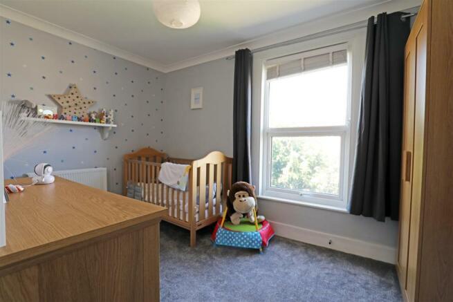 StaplehurstRdTIL-bedrooma.jpg
