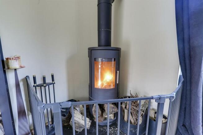 Log burner 1.jpg