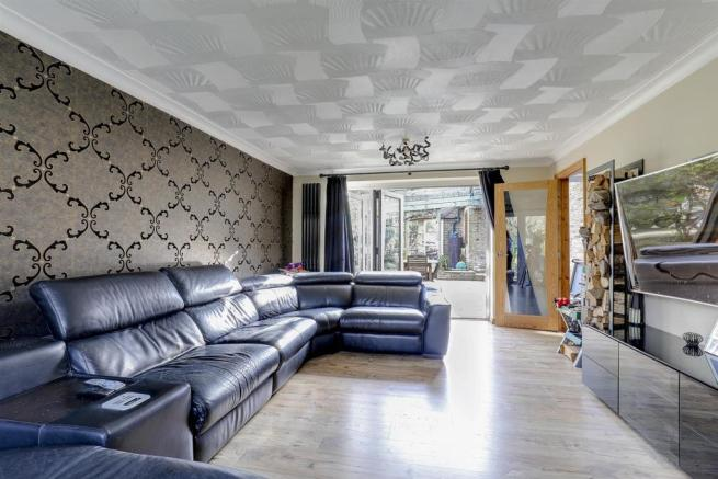 Lounge#.jpg