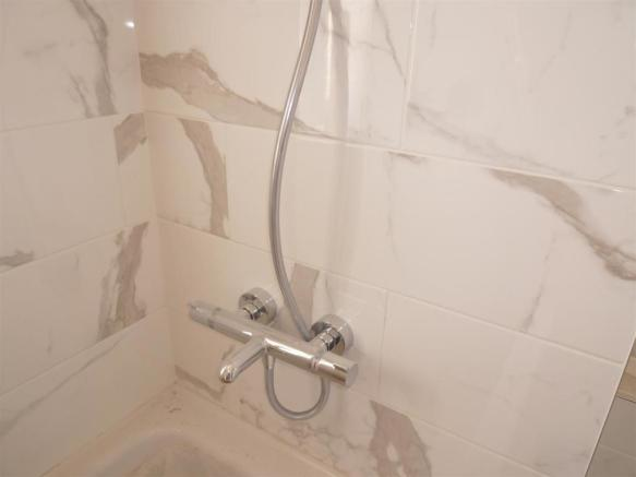 Mixer Showers