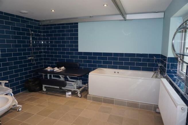 Annex Disabled Wash Room