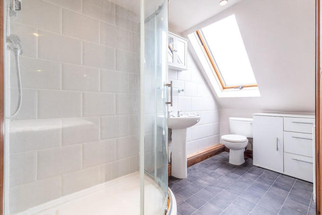 En-Suite Shower Room / Wc