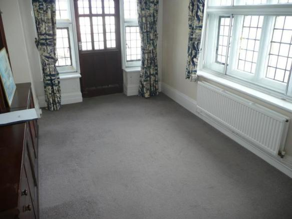 2 Bedroom Flat For Sale In Kingsgate Castle Joss Gap Road