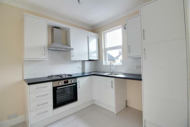 Flat 2 - Kitchen.jpg