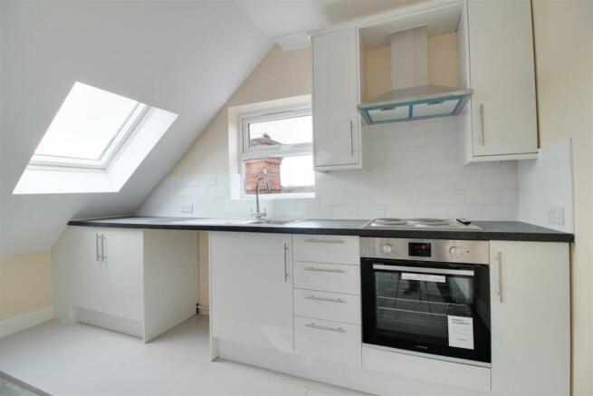 Flat 3 - Kitchen.jpg
