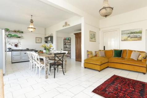Properties For Sale in Herne Bay - Flats & Houses For Sale