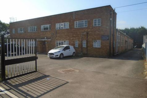 4b530d82c9c Commercial Properties To Let in Cheshunt - Rightmove