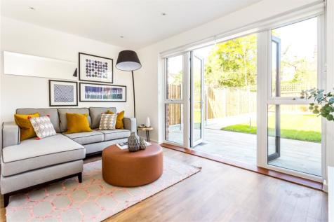 Terrific 3 Bedroom Houses For Sale In Boston Manor Brentford Home Interior And Landscaping Eliaenasavecom