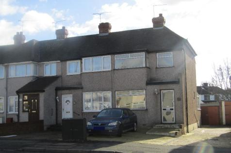 3 Bedroom Houses For Sale In Hornchurch London