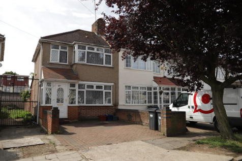 properties to rent in southall flats houses to rent in southall rh rightmove co uk