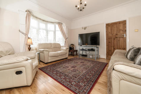4 bedroom houses to rent in streatham, south west london - rightmove