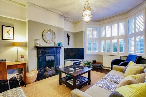 48 Bedroom Flats To Rent In Woodford East London Rightmove Custom Apartments For Rent Two Bedrooms Property