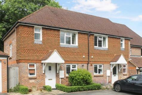 Houses For Sale in Leatherhead, Surrey - Rightmove