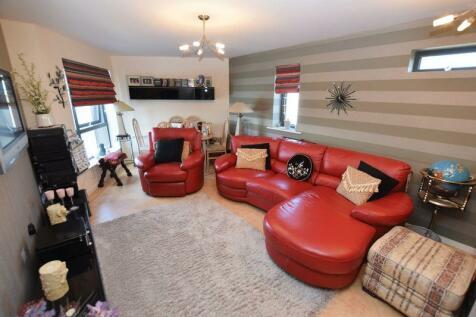 2 Bedroom Flats For Sale In Runcorn Cheshire Rightmove