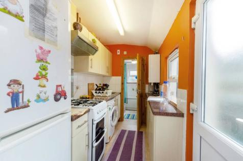 40 Bedroom Houses For Sale In Croydon Surrey Rightmove Fascinating New 2 Bedroom Houses Model Interior
