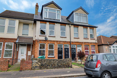 houses for sale sea views essex