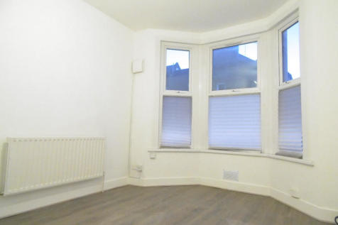 1 Bedroom Flats To Rent In Clapham South West London