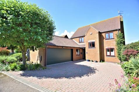 Properties For Sale in Old Hunstanton - Flats & Houses For Sale in