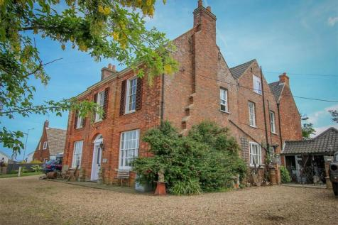 Properties For Sale in Old Hunstanton - Flats & Houses For