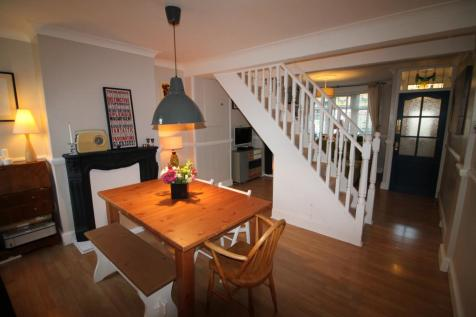 2 Bedroom Houses For Sale In Beckton East London