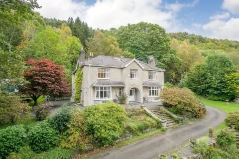 Properties For Sale in Betws-y-Coed - Flats & Houses For Sale in