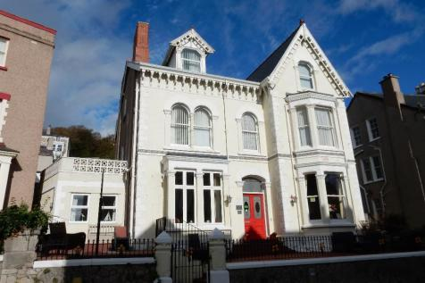 Guest Houses For Sale in North Wales - Commercial Properties