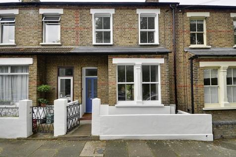 3 Bedroom Houses To Rent in London - Rightmove