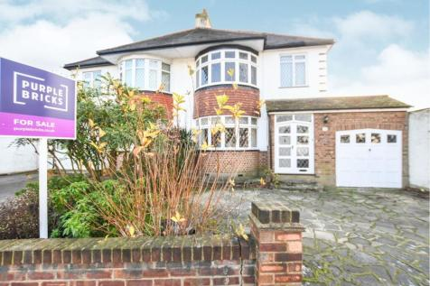 3 Bedroom Houses For Sale In Rise Park Romford Es