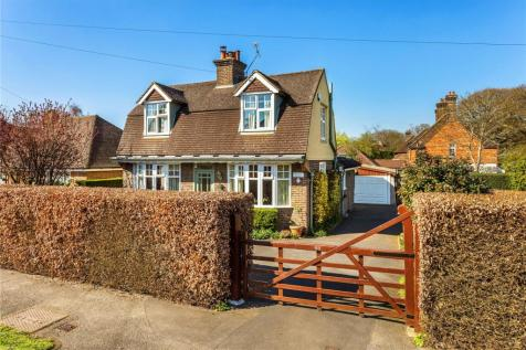 Pleasant 3 Bedroom Houses For Sale In Pains Hill Oxted Surrey Beutiful Home Inspiration Ommitmahrainfo