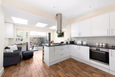 Properties To Rent in Surrey - Flats & Houses To Rent in