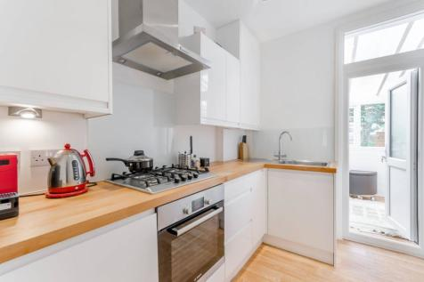 Terraced Houses For Sale In Raynes Park South West London Rightmove