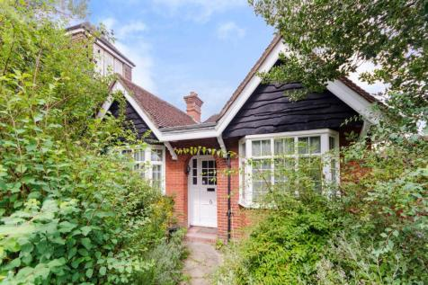 Properties For Sale in Guildford - Flats & Houses For Sale