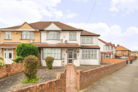 Properties For Sale in Hounslow - Flats & Houses For Sale in