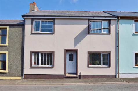 4 Bedroom Houses For Sale in Pembrokeshire, South West Wales