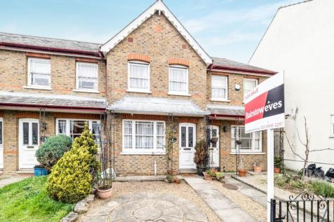 2 Bedroom Houses For Sale in Newbury Park, Ilford, Es - Rightmove on cvs design, company branding design, potoshop design, web design, mets design, datagrid design, civil 3d design, interactive experience design, simple text design, upload design, dvb design, pie graph design, openoffice design, theming design, ms word design, blockquote design, datatable design, spot color design, interactive website design, page banner design,