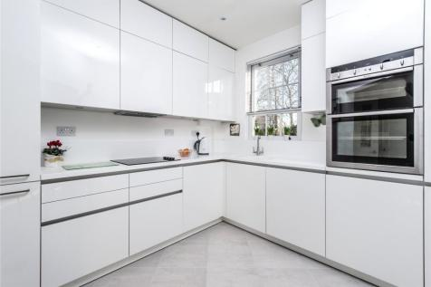 2 Bedroom Flats For Sale In Wimbledon South West London Rightmove - Black-and-white-bedroom-property